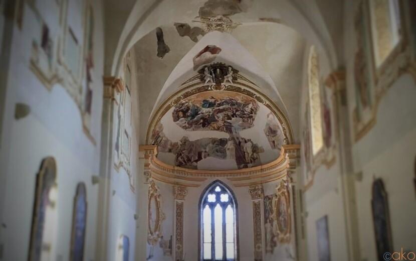 カプリ島で最も長い歴史を誇る。サン・ジャコモ修道院|イタリア観光ガイド