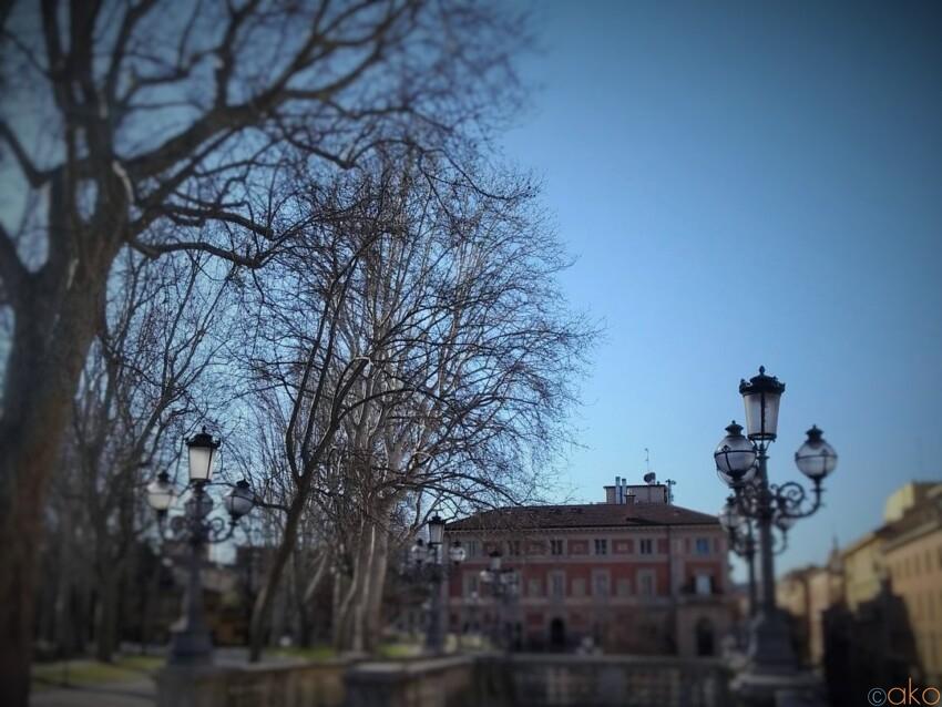 ボローニャの玄関口、モンタニョーラ公園 イタリア観光ガイド