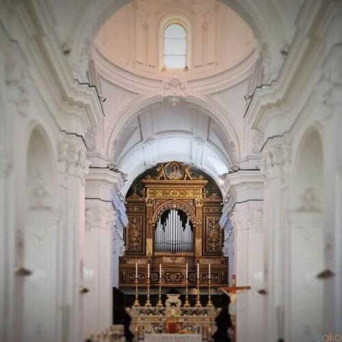 カプリ島の玄関口にある!サント・ステファノ教会|イタリア観光ガイド