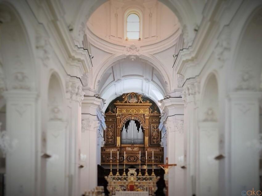 カプリ島の玄関口にある!サント・ステファノ教会 イタリア観光ガイド