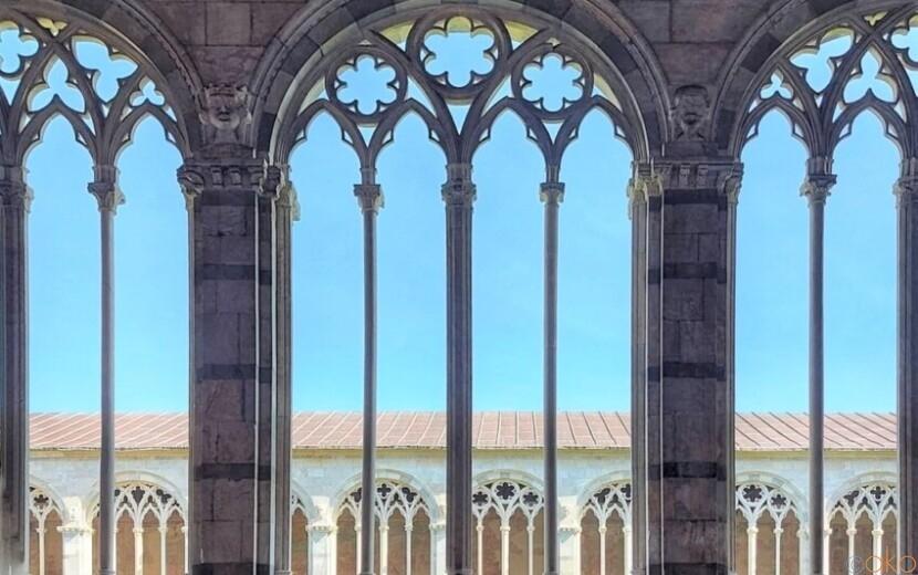 ピサの誇る、世界遺産。カンポサントは想像以上に満足度が高い!|イタリア観光ガイド