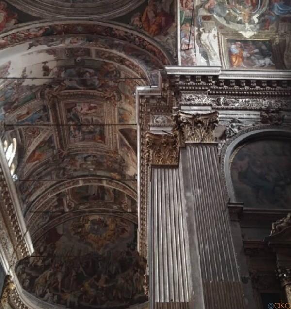 圧巻の館内装飾。クレモナ、サン・ピエトロ・アル・ポー教会|イタリア観光ガイド