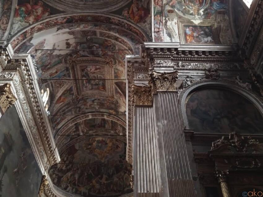圧巻の館内装飾。クレモナ、サン・ピエトロ・アル・ポー教会 イタリア観光ガイド