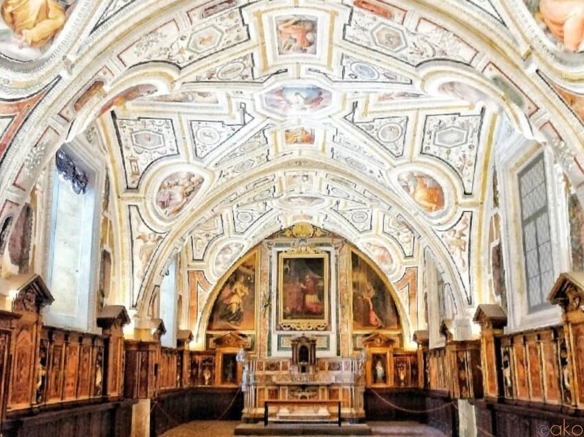 ナポリでルネッサーンス!サンタンナ・デイ・ロンバルディ教会|イタリア観光ガイド