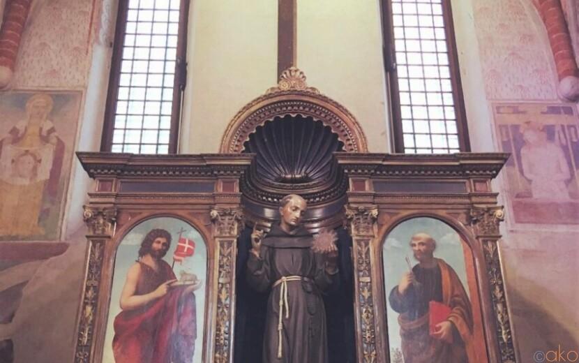 心地よい静寂。ミラノ、サン・ベルナルディーノ・アッレ・モナケ教会|イタリア観光ガイド