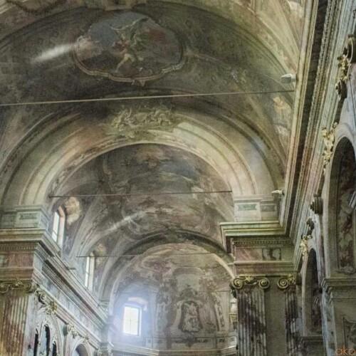 名画の宝庫。ベルガモ、サンティ・バルトロメオ・エ・ステファノ教会|イタリア観光ガイド