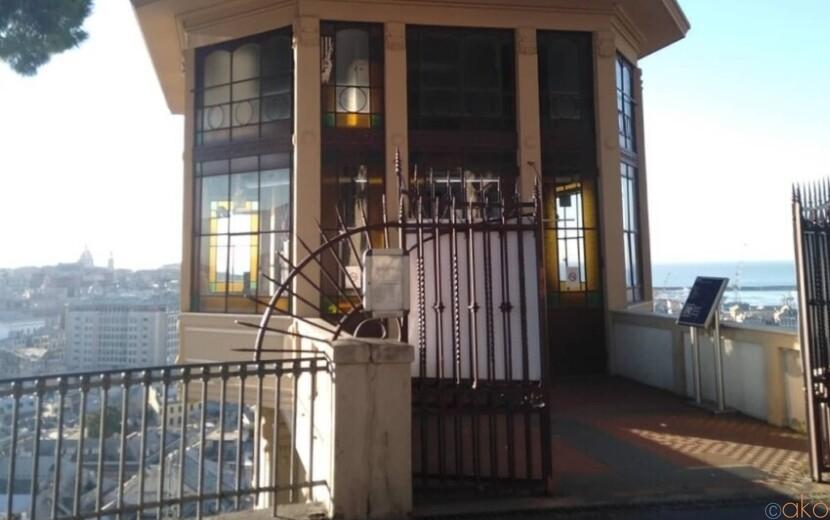 ラプンツェルの塔みたい!ジェノヴァ、スピアナータ・カステレット|イタリア観光ガイド
