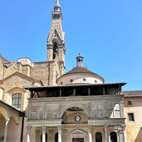 ルネサンス芸術の傑作。フィレンツェ、パッツィ家礼拝堂|イタリア観光ガイド