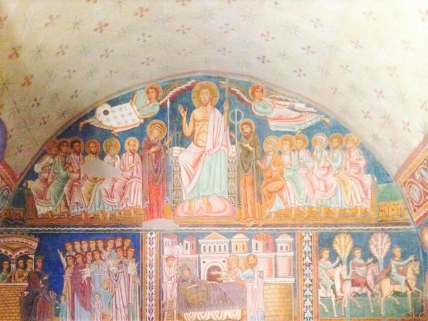 13世紀にタイムトラベル。ローマ、サン・シルヴェストロ祈祷室 イタリア観光ガイド