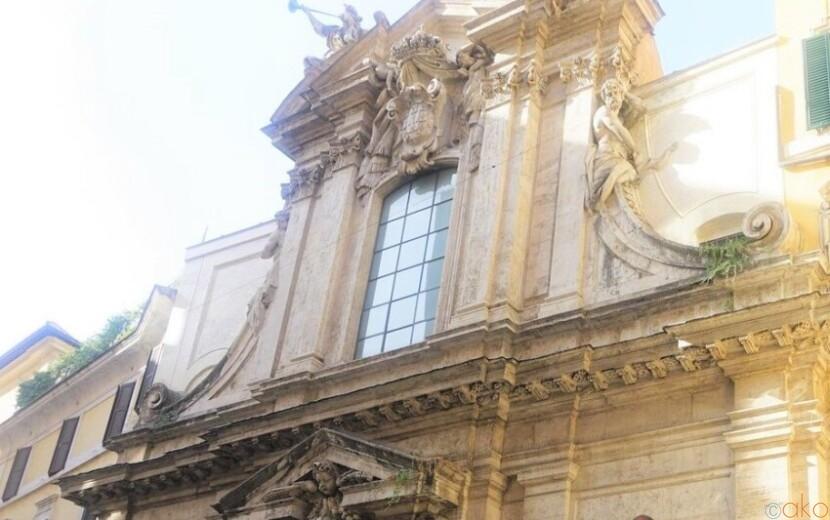 異国情緒アリ!ローマ、サンタントニオ・デイ・ポルトゲージ教会|イタリア観光ガイド
