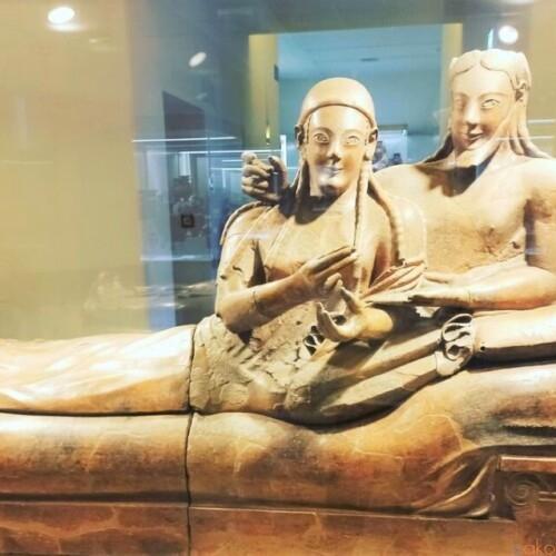 エトルリア文明を知る。ローマ、ヴィラ・ジュリア国立博物館|イタリア観光ガイド