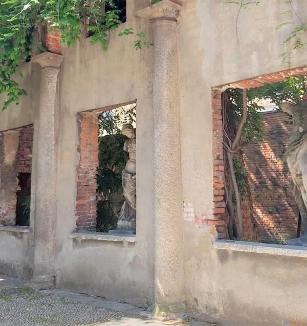 ミラノの街の秘密の庭園、アリスティーデ・カルデリーニ庭園|イタリア観光ガイド