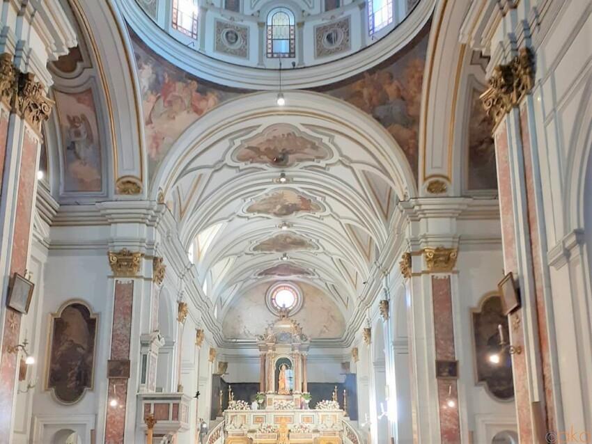 あの歌の故郷。ナポリ、サンタ・マリア・ディ・ピエディグロッタ教会 イタリア観光ガイド