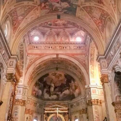 館内は幸せオーラ全開。クレモナ、サン・シジスモンド教会|イタリア観光ガイド