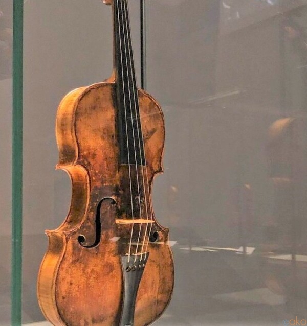 クレモナといったらまずはココ!バイオリン博物館|イタリア観光ガイド