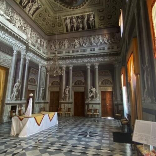 世界遺産に囲まれた世界遺産!ピエモンテ州クーネオ、ゴヴォーネ城|イタリア観光ガイド
