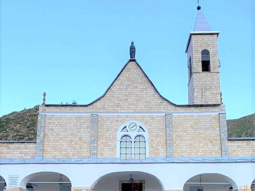 絶景の中にある聖域、ピエモンテ州サンタンナ・ディ・ヴィナディオ|イタリア観光ガイド