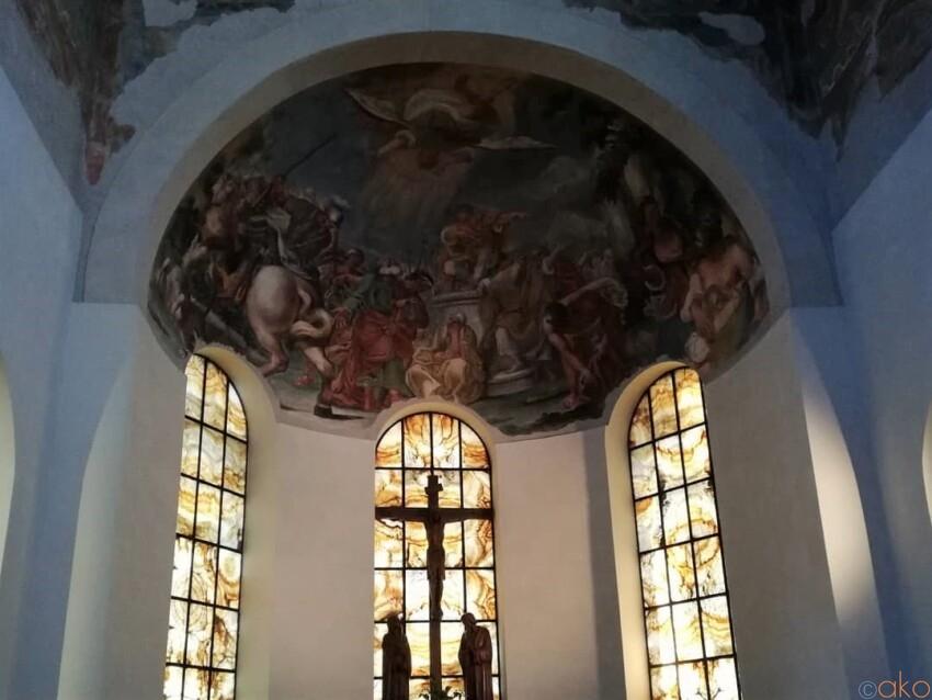 ローマ、サン・ジョヴァンニ・ア・ポルタ・ラティーナ教会 イタリア観光ガイド