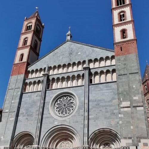 スケール感が凄い!ピエモンテ州ヴェルチェッリのサンタンドレア聖堂|イタリア観光ガイド