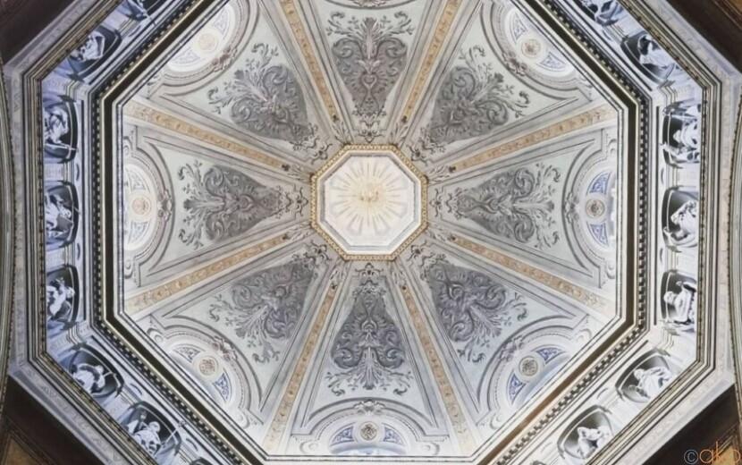 ユニークなクーポラが見どころ。ピエモンテ州アレッサンドリア大聖堂|イタリア観光ガイド