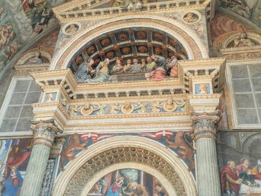 ヴァッレ・ダオスタ州アオスタ、サンタ・マリア・アッスンタ大聖堂 イタリア観光ガイド
